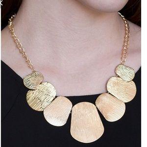 womens customized jewelry
